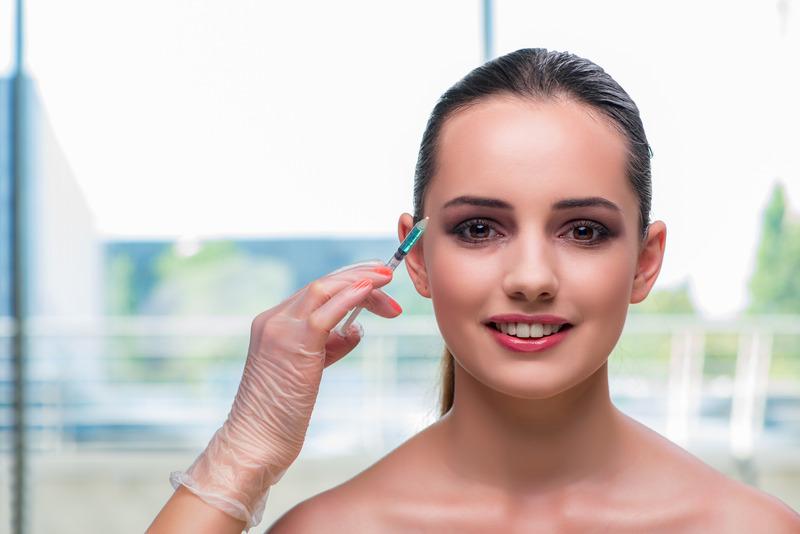 Øyebrynsløft med Botox